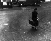 Eleanor Roosevelt at LaGuardia in 1960