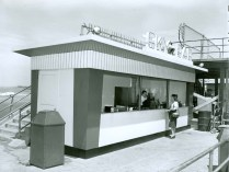 The Sky Bar served hot dogs from the Observation Deck.