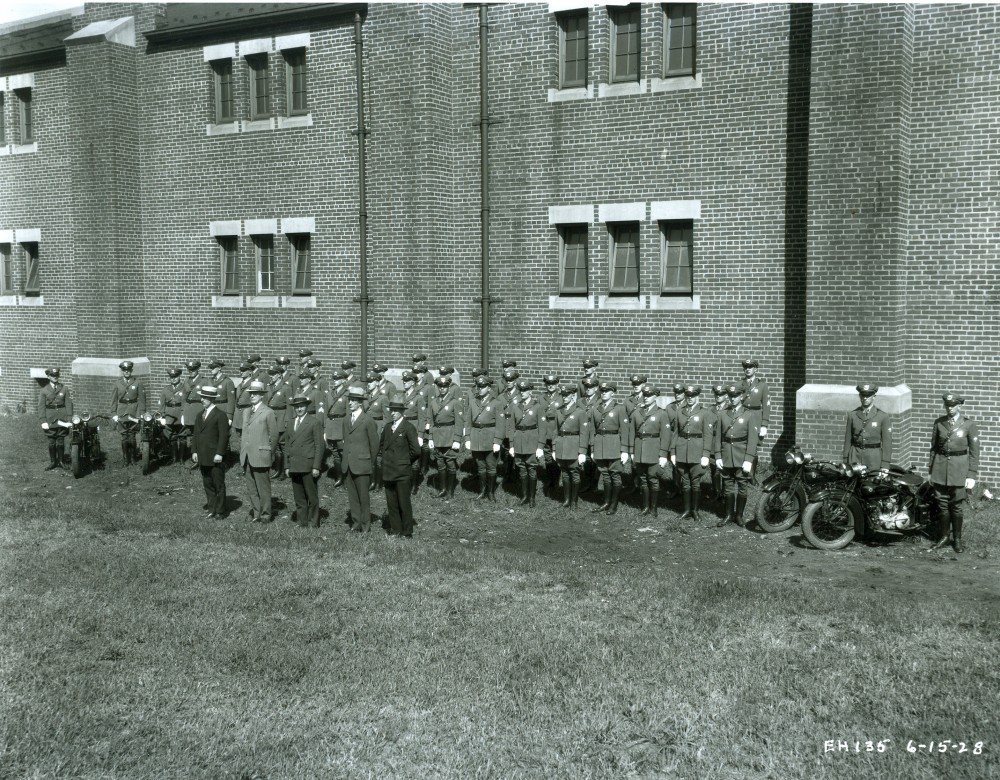 The First Port Authority Police:  A Few Husky Men! (2/6)
