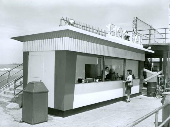 LGA_Hot Dog Stand at Observation Deck 1948