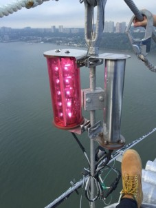 GWB light, from white to pink